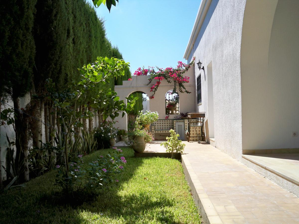 Villa salah l062 hammamet nord location maison for Location maison nice nord