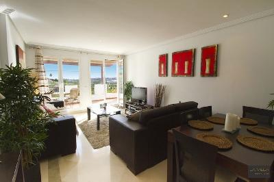 superbe appartement attique sur golf marbella los arqueros benaghavis marbella malaga vente. Black Bedroom Furniture Sets. Home Design Ideas